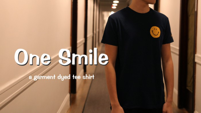 ONE SMILE TEE BANNER